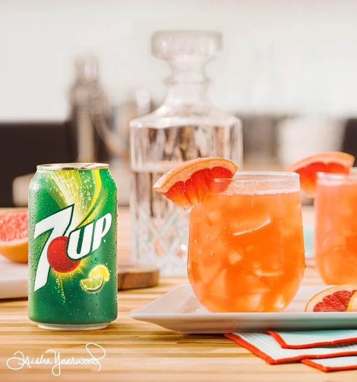 7UP Grapefruit Cocktail Recipe